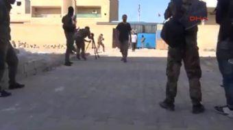 DEAŞ terör örgütünün başkent ilan ettiği Suriye'nin Rakka kentinde, Demokratik Suriye Güçleri'nin (D