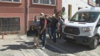 Tekirdağ'da PKK/KCK operasyonu kapsamında gözaltına alınan 3 kişi adliyeye sevk edildi.