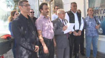 İzmir'de Cumhuriyet Halk Partisi üyesi 75 kişi partide oluşan güvensizlik, hak, hukuk, adaletin olma