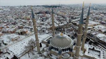 Mimar Sinan'ın 'ustalık eseri' Selimiye Camisi'ni geçen yıl 1,5 milyon kişi ziyaret etti.