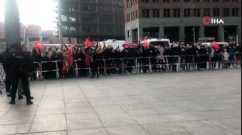 Başkan Erdoğan'a Almanya'daki Türklerden Sevgi Gösterisi