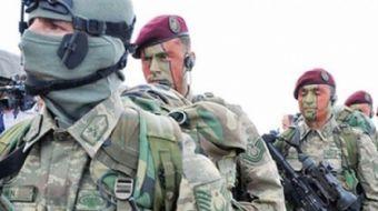 Bölgenin  güvenliğini sağlamak için Katar'da olan Türk birliğinden yeni fotoğraflar geldi. TSK'nın K