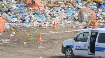 Konya'nın Kulu ilçesinde, 17 yaşındaki E.A, ehliyetsiz kullandığı kamyonet ile manevra yaparken 2 ya