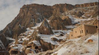 Kapadokya'nın En Büyük Kale Manastırı: Selime Katedrali