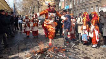 Nevruz, baharın ilk günü olarak kabul edilen ve birçok kültür tarafından çeşitli etkinliklerle kutla