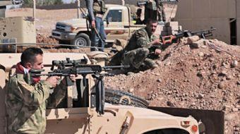Kuzey Irak'ta gerilim devam ediyor. Kerkük-Erbil yolunda peşmerge ile Irak ordusu arasında çatışma y