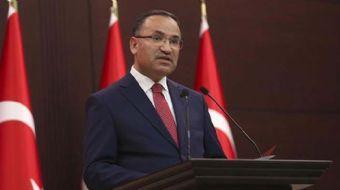 Bozdağ: Cumhurbaşkanı Erdoğan'a yapılan saldırıyı, alçaklığı kabul etmemiz mümkün değildir.