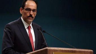 Cumhurbaşkanlığı Sözcüsü İbrahim Kalın düzenlenen basın toplantısında önemli açıklamalarda bulundu