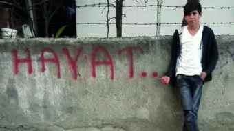Bursa´da Ahmet P. (16), iddiaya göre arkadaşıyla ´Mavi Balina´ oyunu oynadıktan sonra gittiği halı s