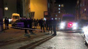 Esenyurt´ta bir kişi önce tartıştığı komşusuna ardından sokaktakilere pompalı tüfekle ateş etti. 3 k