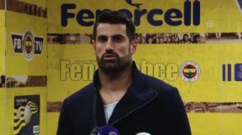 Fenerbahçe Futbol Takımı'nın kaptanı Volkan Demirel, Spor Toto Süper Lig'in 11. haftasında Galatasar