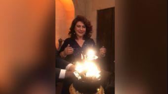 Hercai'nin Handan'ı Gülçin Hatıhan'a Sette Doğum Günü Sürprizi