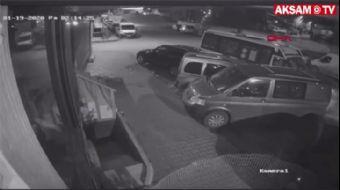 Uyuyakalan Minibüs Şoförü Park Halindeki Araçlara Çarptı
