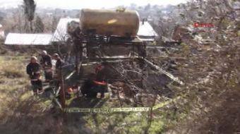 Pendik'te metruk bir evin önündeki 28 metrelik su kuyusunda ceset olduğu ihbarı üzerine polis ve itf