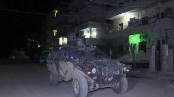 Mehmetçik, Zeytin Dalı Harekatı kapsamında Afrin merkezini teröristlerden temizlemesinin ardından ha