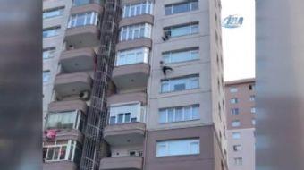 Beylikdüzü'nde 8'inci katın penceresinden atlayarak intihara kalkışan kadını, sağır ve dilsiz olan