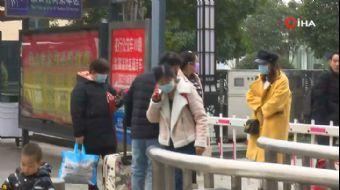 Wuhan'da Uçuşlar İptal Edildi, Kent Karantinaya Alındı