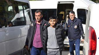 Adana'da, sakalını kesmesi için uyardıkları kişiyi öldürdükleri iddiasıyla gözaltına alınan terör ör