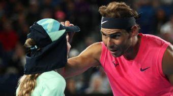 Rafael Nadal'ı Korkutan Anlar! Yanlışlıkla Top Toplayıcı Kızı Vurdu