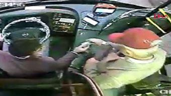 Başkasının kartıyla otobüse bindi, şoföre yaptığıyla 'pes' dedirtti!