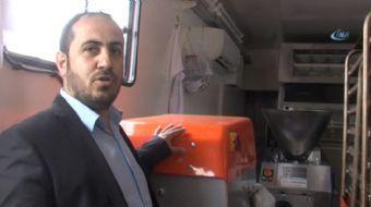 Savaş bölgesi Suriye'de savaş mağdurları için ekmek çıkaracak olan mobil fırın Kayseri'den yola çıkt