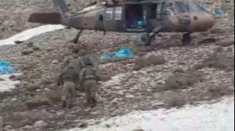 Şırnak'ta güvenlik kuvvetleri tarafından sürdürülen operasyonlarda 2'i kadın 6 terörist silahları il
