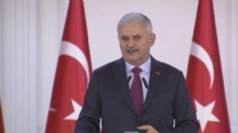 Başbakan Binali Yıldırım, 24 Kasım Öğretmenler Günü nedeniyle 81 ilden gelen öğretmenleri Çankaya Kö