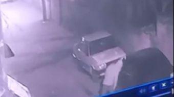 Deprem Sonrası Şaşırtan Görüntü! 160 Aracın Lastiğini Patlattı...