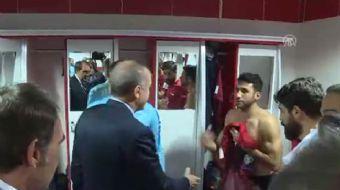 Cumhurbaşkanı Erdoğan'ın yaptığı ziyarete hazırlıksız yakalanan İsmail Köybaşı'nın halleri ise sosya