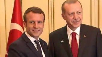 Cumhurbaşkanı Erdoğan'ın Fransız mevkiidaşı Macron ile görüşmesi renkli görüntülere sahne oldu!