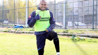 Büyükşehir Belediye Erzurumspor'un yıldızlarından Brezilya asıllı Türk futbolcu Mert Nobre'nin 'Ben