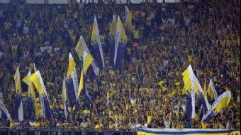 2-0'ın rövanşında Vardar'a Kadıköy'de de yenilerek UEFA Avrupa Ligi'ne veda eden Fenerbahçe'de taraf
