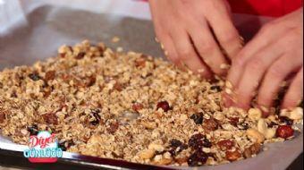 Granola Nasıl Yapılır? Diyet Günlüğü'nde Ev Yapımı Granola Tarifi
