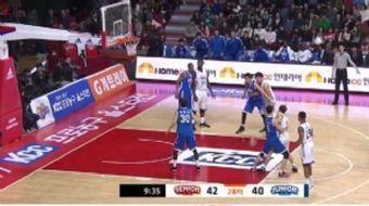 Güney Kore Basketbol Ligi All-Star karşılaşmasında keyifli anlar yaşandı. Gösteri maçı devam ettiği