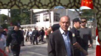 Şerefli Türk polisine korkak diyen kadına müthiş cevap:Ben canımı veriyorum sen ne veriyorsun!
