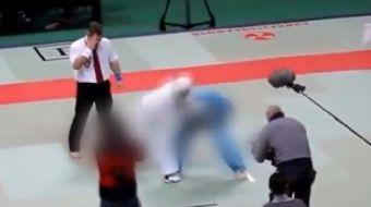Boks maçına seyirci kalamayan hakem oyunculara saldırdı