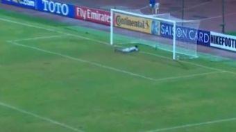 AFC 16 Ya� Alt� �ampiyonas�'nda Kuzey Kore ile kar��la�an �zbekistan'da kaleci Jasurbek Umrzakov kul