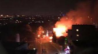 İsrail'in başkenti Tel Aviv yakınlarında, Yafa şehrinde bir binada meydana gelen patlama sonucu çıka