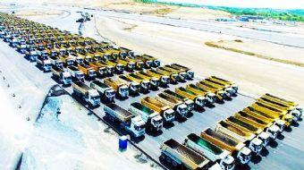 İstanbul'un fethinin 564'üncü yıl dönümünde, İstanbul Yeni Havalimanı ve çalışanları 1453 kamyonla İ