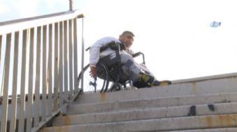 Şişli Piyalepaşa Bulvarı üzerinde engelli vatandaşların yaşamını kolaylaştırmak için yapılan ancak b