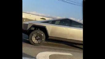 Tesla Cybertruck Trafiğe Çıktı