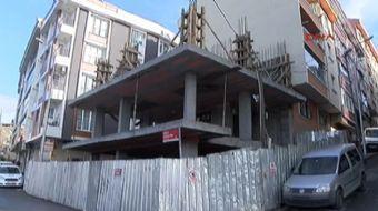 Eyüpsultan'da inşaat çalışması sırasında, beton pompasının döktüğü çimento, bitişikte 4 kişilik aile