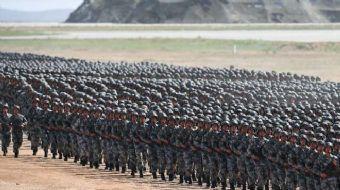 Çin Halk Kurtuluş Ordusunun 90'ıncı kuruluş yıl dönümü kutlamaları kapsamında, Curıhı Askeri Eğitim