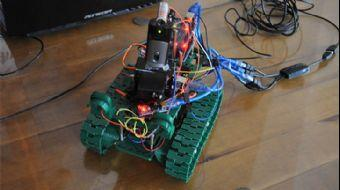 Geleceğin Bilim Adamlarından 'İnsansız Tank' Projesi