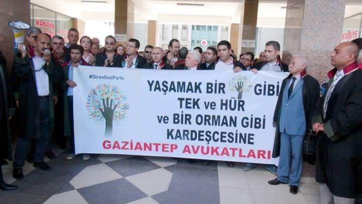 Gaziantep'te avukatlardan gözaltı protestosu