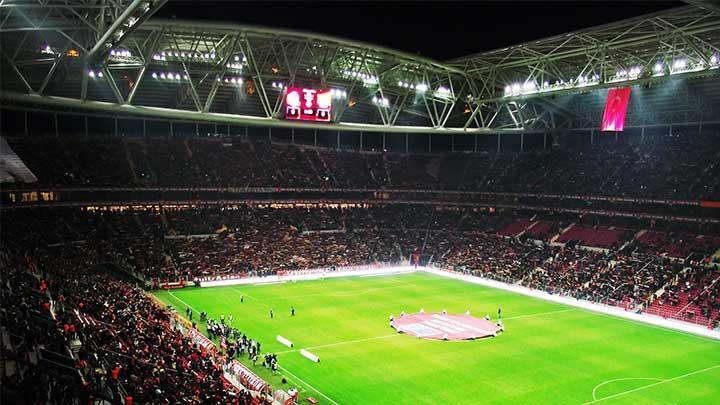 Galatasaray%E2%80%99dan+rekor+gelir