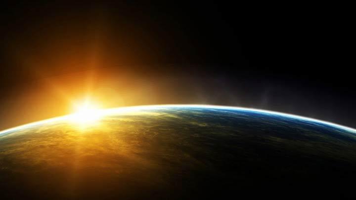 http://xsaxs.ru/wall/45/zemlya_planeta_kosmos_solnce_orbita_1920x1080.jpg.