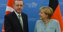 AK Parti'den Merkel'e jet yan�t geldi!