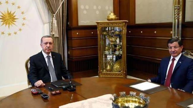 Cumhurba�kan� Erdo�an Ba�bakan Davuto�lu ile g�r��t�