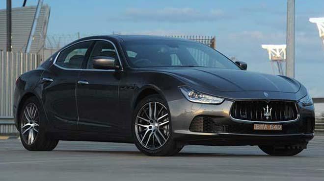 Maserati 30 bin arac� geri �a��r�yor